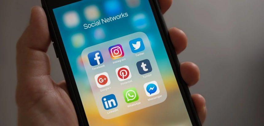 utilisation story réseaux sociaux entreprise
